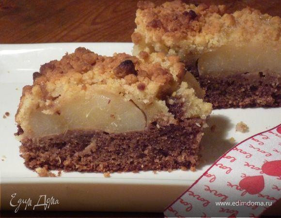 Нежный грушево-ромовый пирог. Ингредиенты: корица, ром, яйца куриные