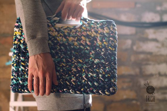 Crochet Notebook Case // Knitted MacBook bag by TrishSpecialThings
