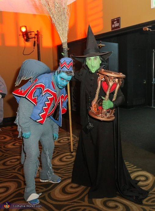 Wicked Witch of The West & Winged Monkey - Halloween Costume Contest via @costume_works