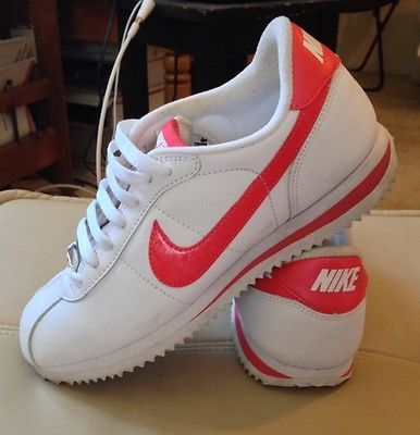 Nike Cortez Women '06 Size 7 White Fusion Red Swoosh Leather Tennis Shoe  Sneaker |