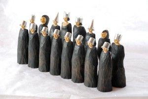 wood sculptures, Chessmen. 12-20 cm