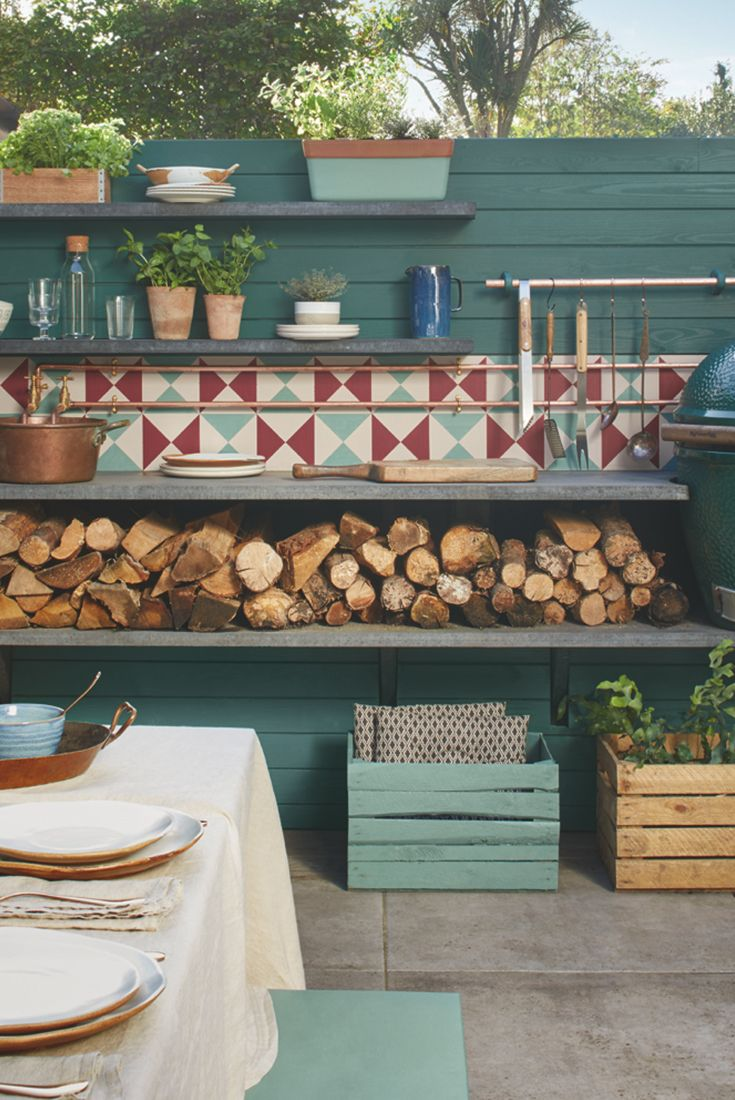 Extend your home into your garden and bring your friends and family together this spring by creating the perfect alfresco dining experience with Cuprinol's Outdoor Cooking trend.