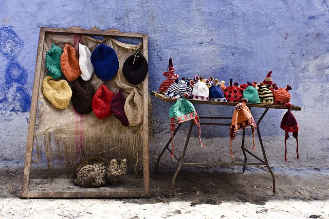 Chauen, Xauen o Chefchauen es un municipio y una ciudad de Marruecos, capital de la provincia del mismo nombre. Está situada en el noroeste del país, en las estribaciones de las montañas del Rif, cerca de Tetuán. Está en la región de Tánger-Tetuán.
