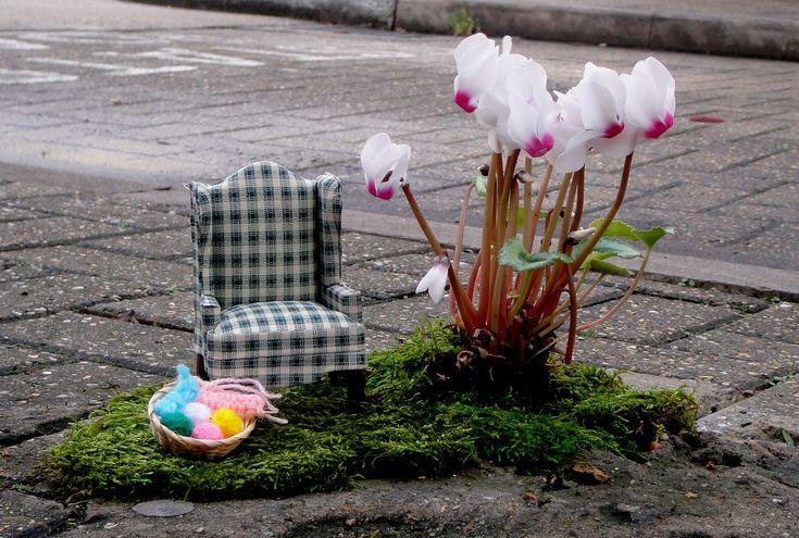 thepotholegardener bringing joy and creativity to potholed London. Such a generous thing to do