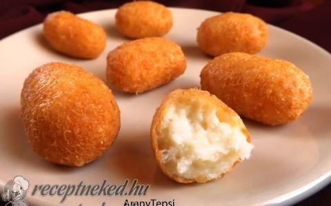 Egyszerű sajtkrokett Hozzávalók:      30 dkg trappista sajt     1 közepes tojás     1 púpos ek liszt     Kb. 5-6 dl olaj a sütéshez