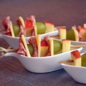 Une petite bouchée, une grosse bouchée, c'est l'heure de l'apéritif ! Voici 40 savoureuses recettes qui devraient régaler vos invités.