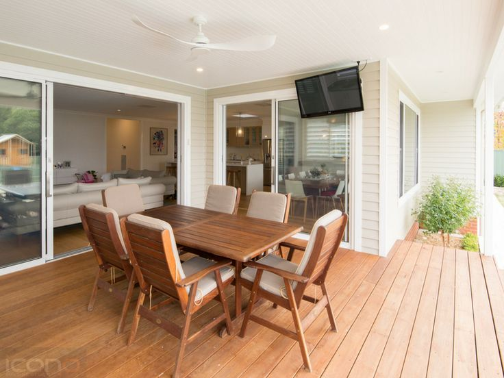 #outdoorliving #Australianhomes #deck #iconobuildingdesign
