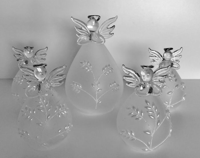 5 Handgemaakte engeltjes met parel decoratie - Venetiaans glas