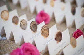 Matrimonio a tema mare, il blu, il bianco e le stelle marine per le nozze (Foto 8/16)   Donna