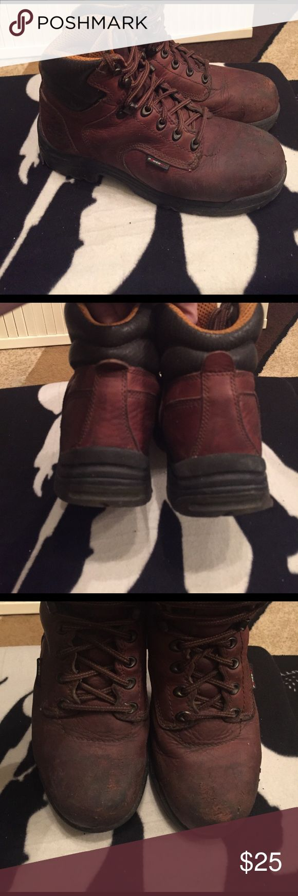Men's Timberland PRO SERIES steel toe boots sz 8 Yea something different! These are Men's steel toe Timberland boots. They are in very good condition with the only wear noted to the toes where they could use some cleaning and polishing. They are sz 8 in men's but I wear a size 9 in women's and they fit me fine. Timberland Shoes Boots