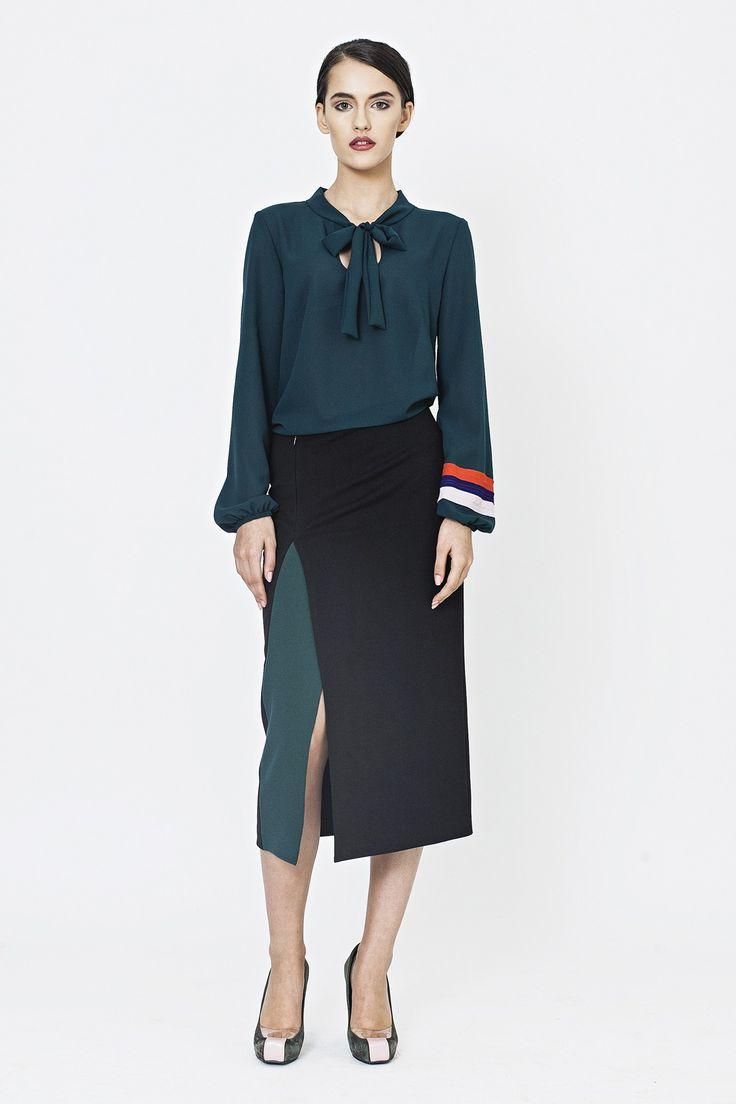 Fusta midi jerse negru, insertie verde  http://shop.lenacriveanu.ro/