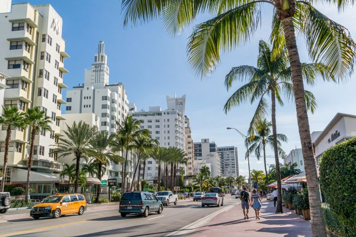 Miami is #1!! This is great for Miami home sales! The 25 Best Cities for Job Seekers Right Now Miami took the top spot, with three other cities in Florida, Orlando (2), Jacksonville (7), and Tampa (20), also making the cut.