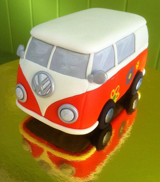 Volkswagen T1 modelada en fondant. #volkswagent1 #fondant #