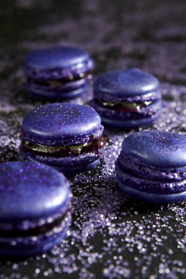 Take a cue from the Governors Ball decor, like our pastry team does every year. Sparkly chandelier touches and purple, like the Concord Grape Macarons.