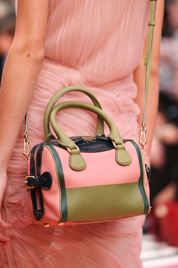 A detailed look at Burberry Prorsum Spring 2015