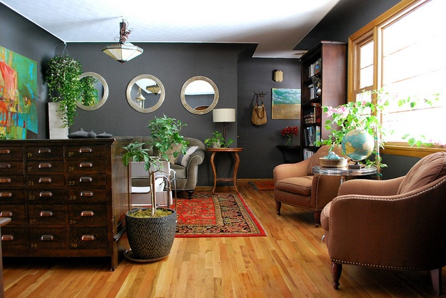 beautiful- dark wall color, but still bright and airy: Wood Trim, Wall Colors, Living Rooms Paintings, Paintings Colors, Grey Wall, Paintings Wood, Guest Rooms Paintings, Dark Wall, Grey Paintings