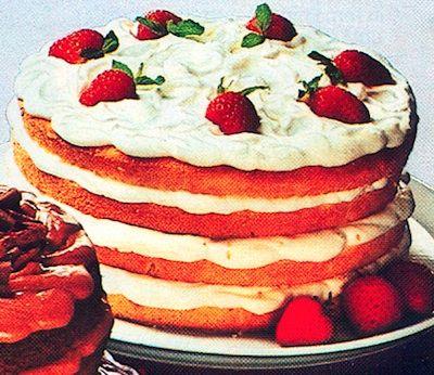 Recipe: Bacardi Rum Cream Cake with Rum Cream Filling (using cake mix, 1970's) - Recipelink.com