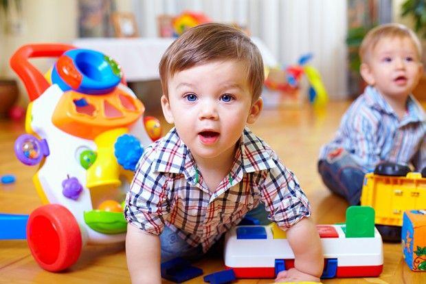 Anzeige - Spielzeug für Kinder: Die heißgeliebten Klassiker bequem online bestellen  http://www.cleankids.de/2014/02/13/spielzeug-fuer-kinder-die-heissgeliebten-klassiker-bequem-online-bestellen/45071 - Bild: Fotolia © olesiabilkei