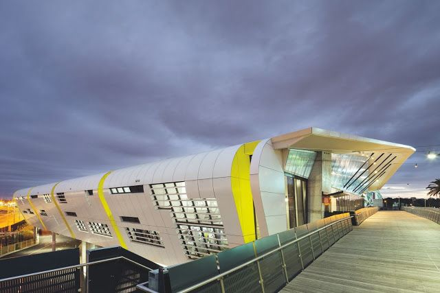 NATIONAL TENNIS CENTRE. Location: Melbourne, Australia; architects: Jackson Architecture; photographs: John Gollings; year: 2012
