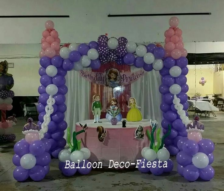 Sofia the first castle decoration
