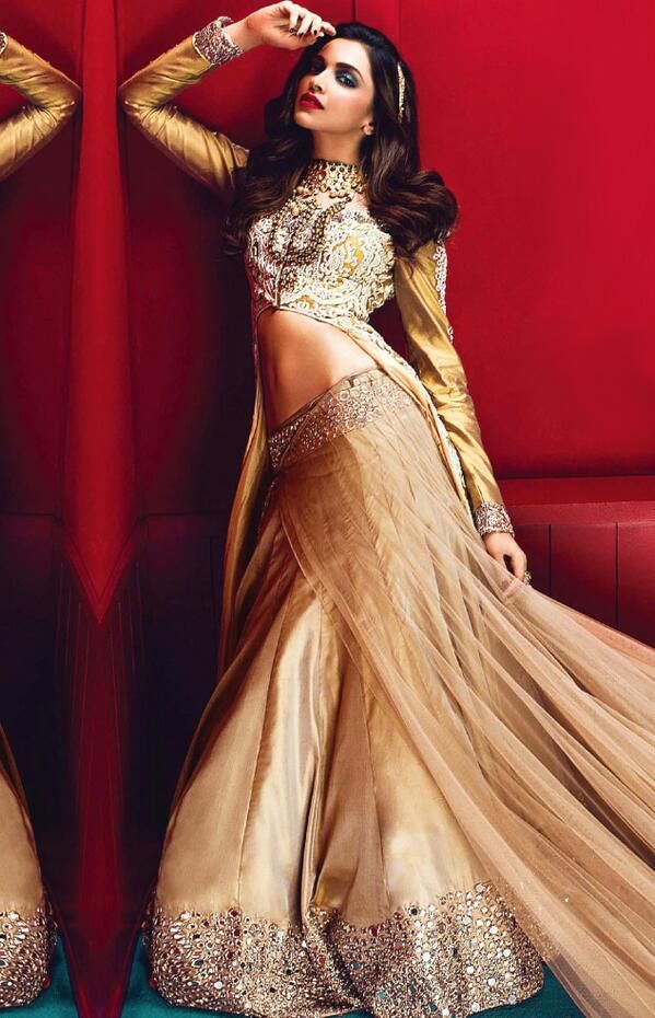 Deepika Padukone Vogue India Bollywood Actress Bollywood Manish Malhotra Mirror Work Mirror-work