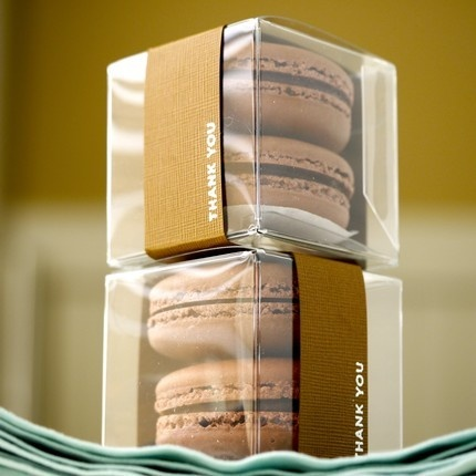 Cute way to package my pretty yellow macarons...