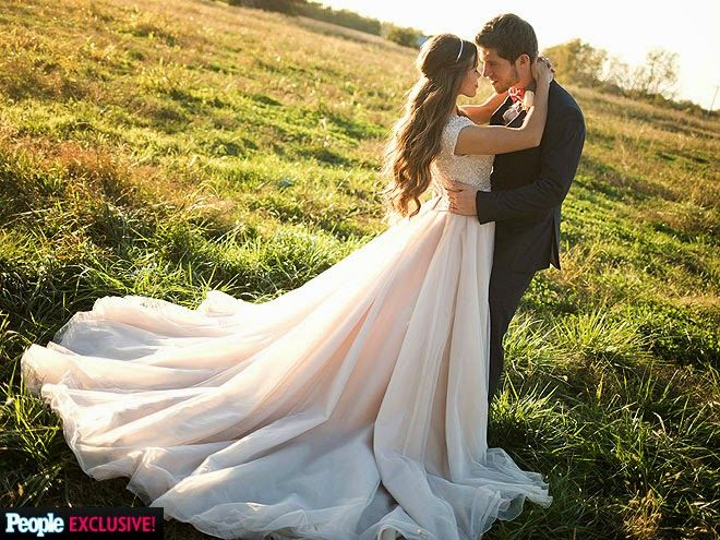 Duggar Family Blog: Updates and Pictures Jim Bob and Michelle Duggar 19 Kids and Counting: More Duggar-Seewald Wedding Photos
