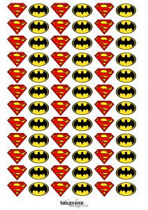Superhero-flags/decor for minicupackes superhero party. Free printable!  mini cupcakewrappere skilt gratis print =)