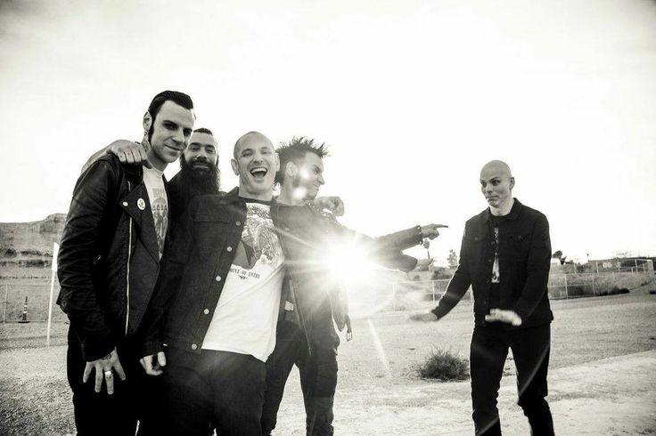 Кори Тейлор написал восемь песен для нового альбома Stone Sour - http://rockcult.ru/corey-taylor-new-stone-sour-material/