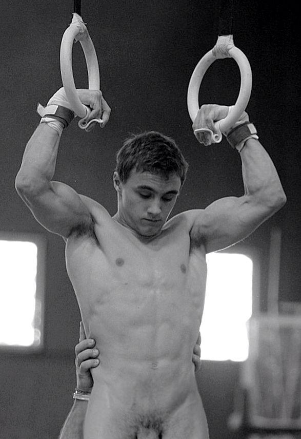 Nude Male Gymnasts 61