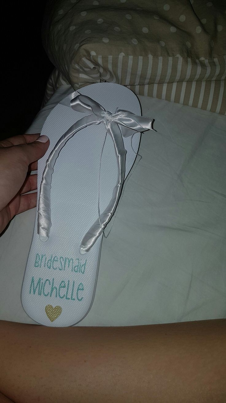 Printing onto flip flops for bridal party