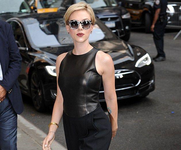Scarlett Johansson: Επιτέλους! Μας θύμισε ότι είναι σταρ του Hollywood με το νέο της χτένισμα