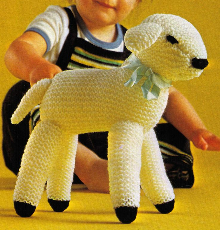 VINTAGE SPRING BABY LAMB FARM ANIMAL SOFT TOY 25 CM TALL 8 PLY KNITTING PATTERN