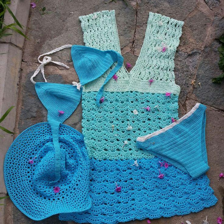 Летний пляжный набор. Туничка, купальник и шляпка