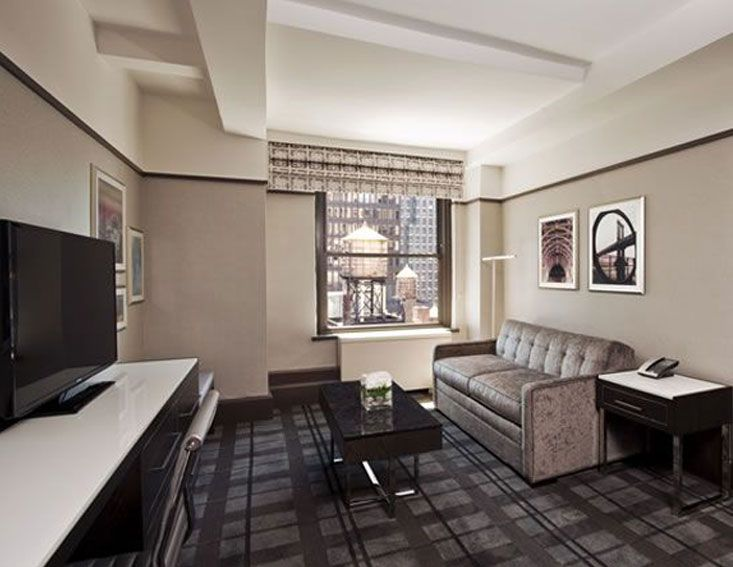 Park Central Hotel  New York, NY  PRODUCTS Custom tufted carpet in guest corridors; custom Vivid Palette Eco Evolution™ print public spaces Casi DESIGN FIRM Jeffrey Beers International. Shaw Hospitality Group Custom Tufted Carpet.