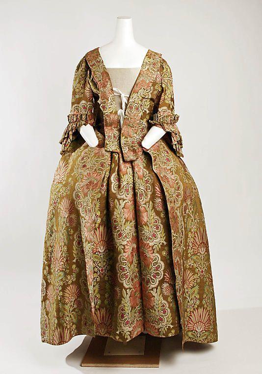 Mantua, woven 1730s (made ca. 1747); MMA CI.59.54a, b
