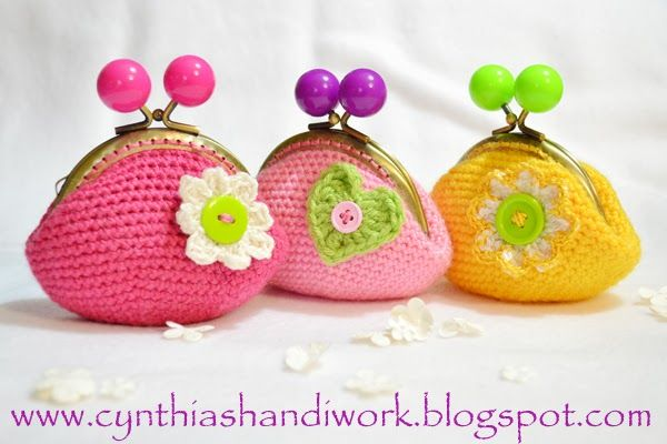 Cynthia's Handiwork: Crochet Change Purse