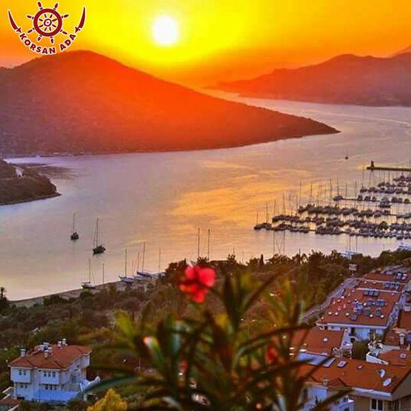 Gün batımını birde Antalya Kaştan izlemek ister misin ?www.korsanadahotel.com #güneş #deniz #kaşotel #mavi #günbatımı #temiz #hava #kaş #antalya
