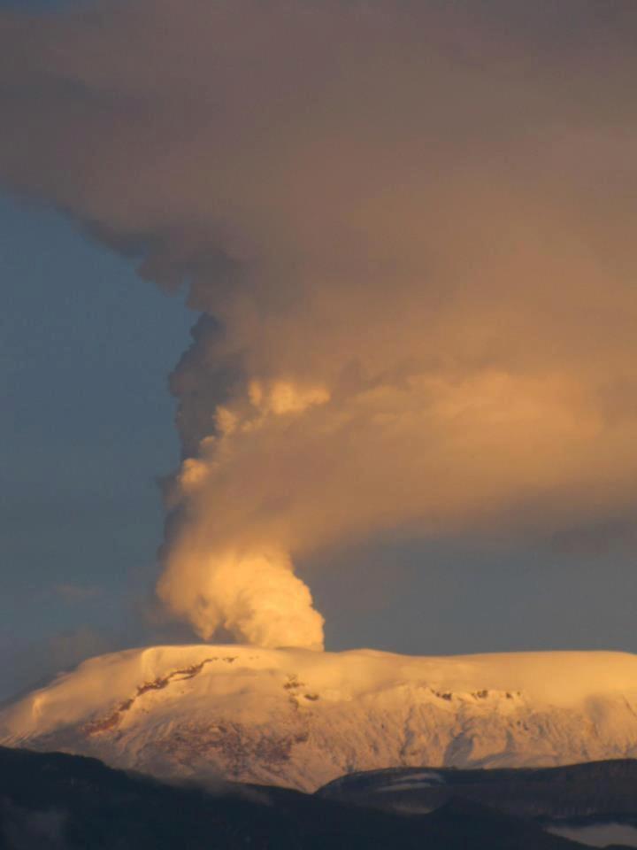 Volcan Nevado de Ruiz. Manizales - Colombia