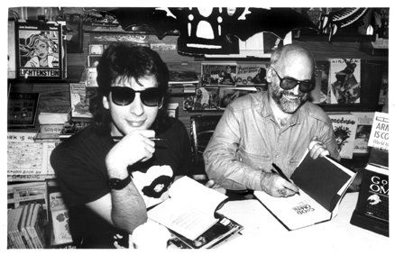Neil Gaiman and Terry Pratchett in 1991. Pretty cool guys right?