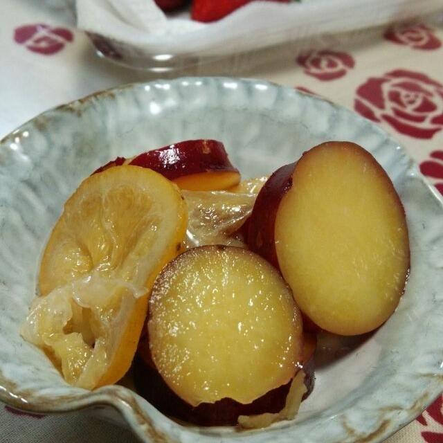 甘酸っぱくて私好み - 8件のもぐもぐ - べにはるかの蜂蜜レモン煮 by Miho