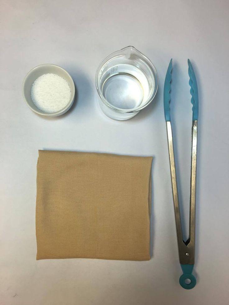 Materiales a utilizar:  -10 gr Soda Caustica  -1 Lt de Agua  -Fuente plástica  -Tenazas  -Termómetro  -Pesa electrónica  -Vaso precipitado  -Vaso graduado