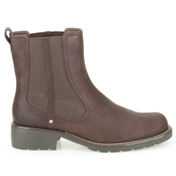 Classic women's Chelsea boots with chunky country styling in soft burgundy leather. Elasticated panels and a simple pull-on loop ensure easy foot entry, while a clean and simple silhouette offers versatile wear. Great value, and with the comfort of a flexible sole and underfoot cushioning.