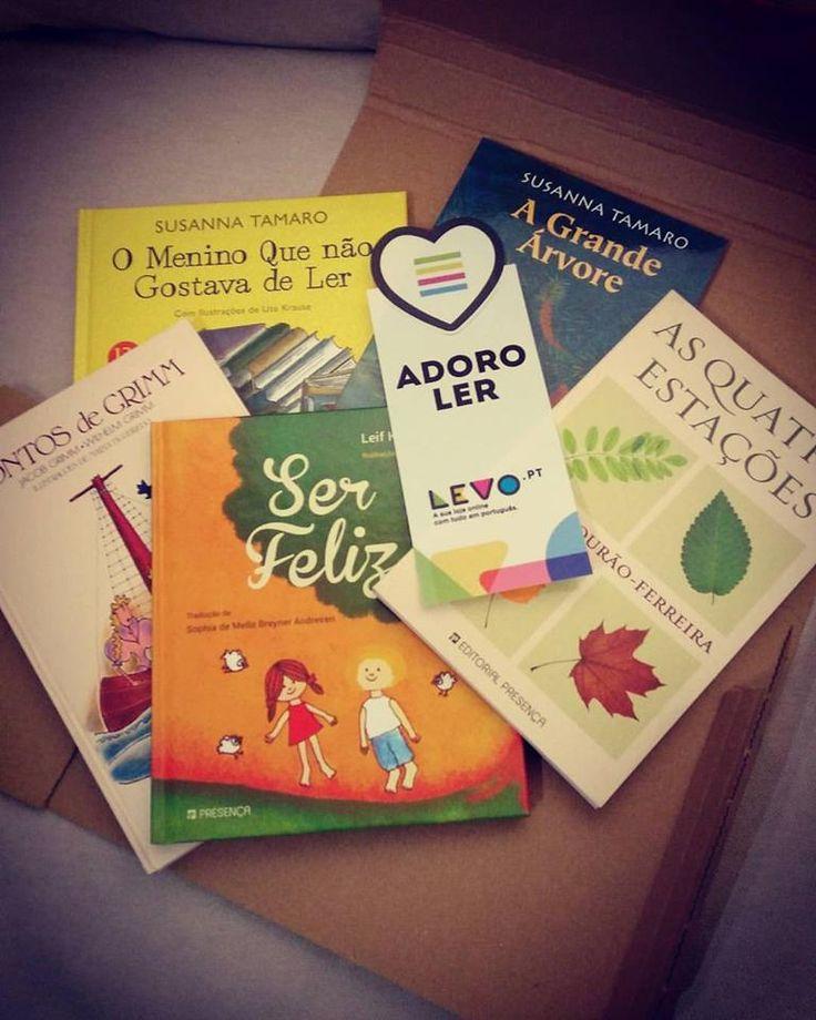 to flourish is to receive new books by mail / florescer é receber livros pelo correio #findyourword2016