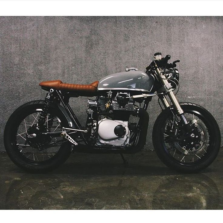 """""""Nicely done #cb350 build from our buddy @captainjeffy . -------—----------------------- Tag #caferacerporn @caferacerporn or email your cafe racer…"""""""