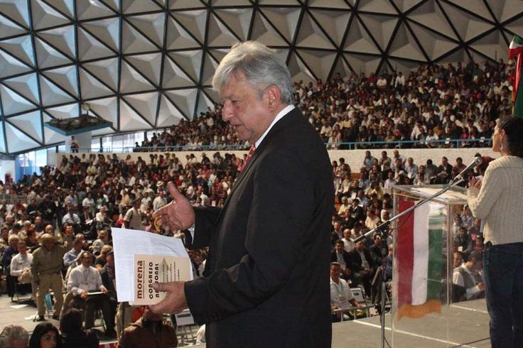 AMLO en congreso nacional MORENA