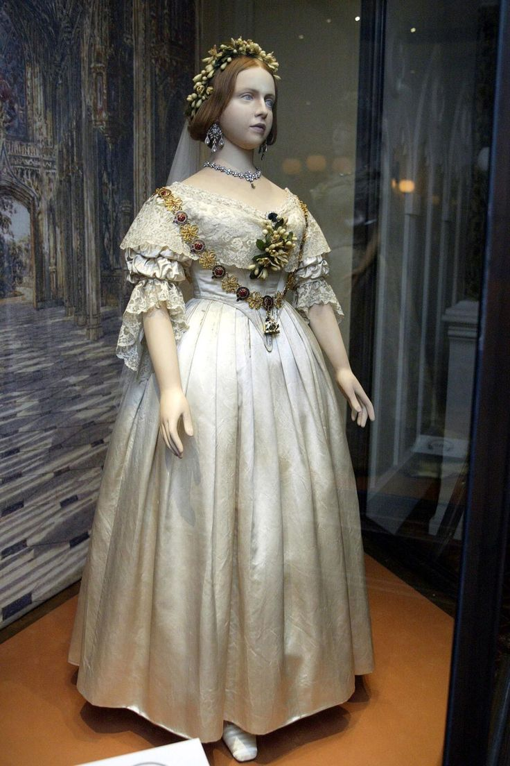 The wedding dress that Queen Victoria wore to marry Prince Albert in February 1840 sparked a trend for white wedding dresses that is still in vogue today.