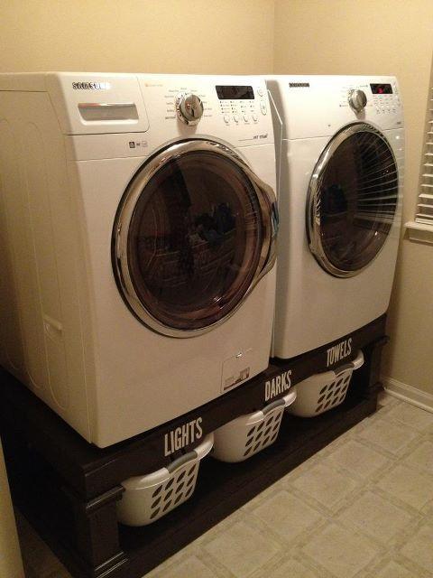 DIY Laundry Pedestals: Good Ideas, Laundry Pedestal, Diy Laundry, Awesome Ideas, Laundry Rooms, Neat Ideas, Cool Ideas, Laundry Baskets, Smart Ideas