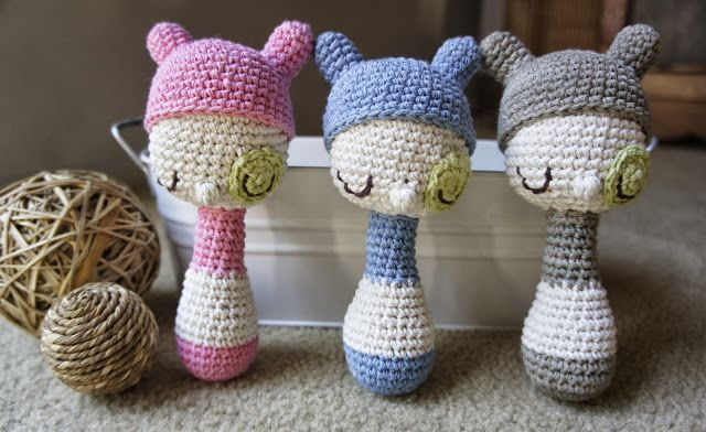 { Crochet rattles by Amour Fou }