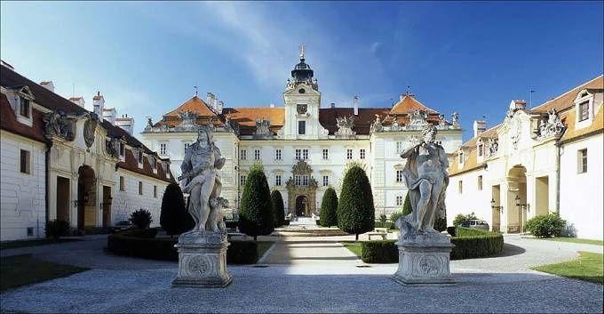 Turistické informace - Jižní Morava - Lednicko-valtický areál a Pálava Vyletnik.cz - Tipy na výlety